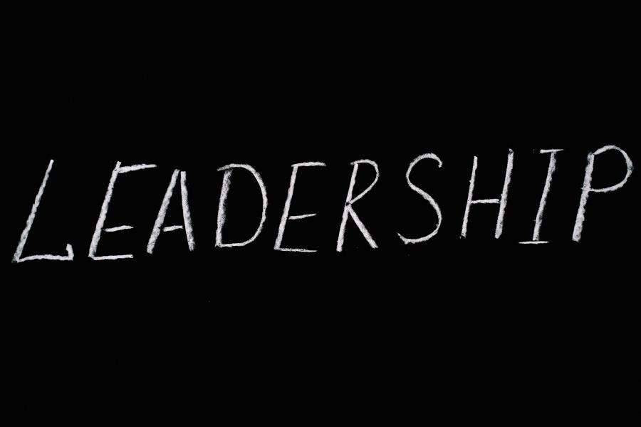 Alla guida di sé: leadership personale nei momenti di cambiamento
