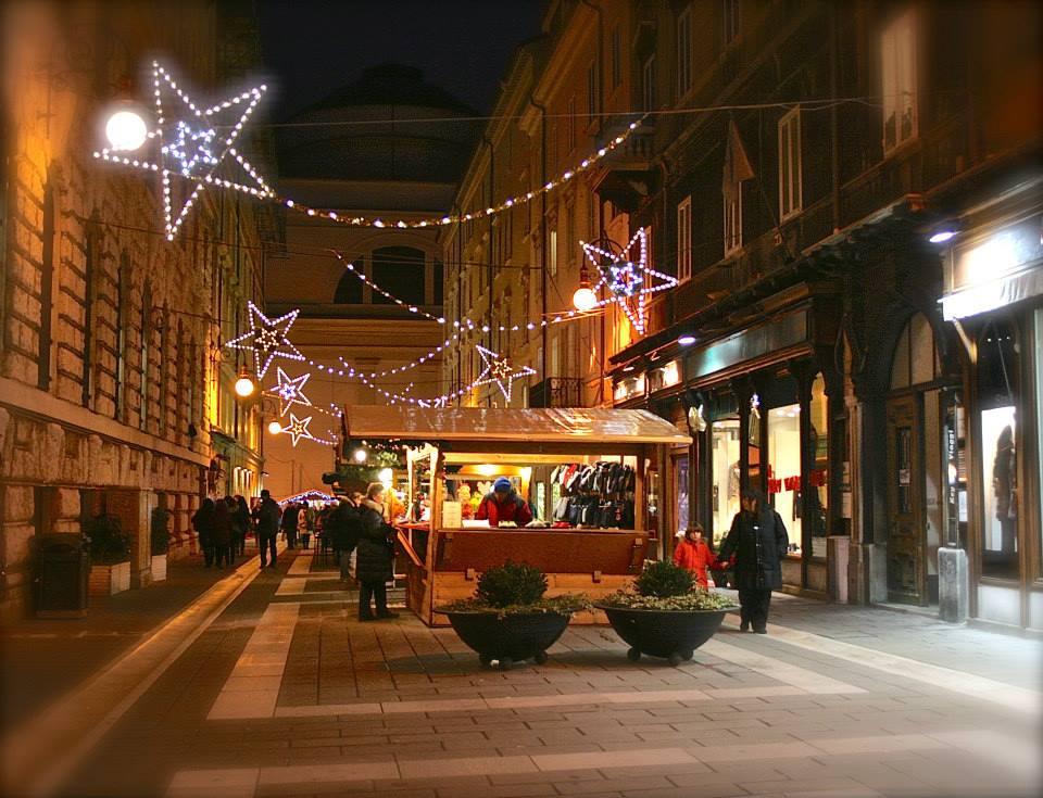 Via alle luminarie, domani il bentornato al Natale da 500 imprese del territorio